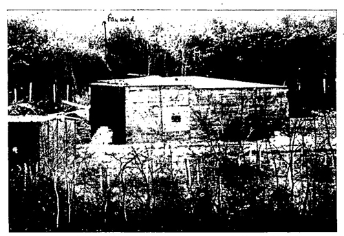 Figure 30.—Embrasure covering rear of firing chamber.