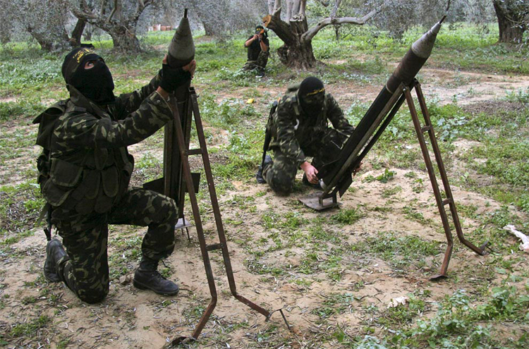 Preparing to launch Qassam-2 rockets