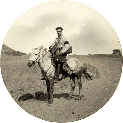 Military correspondent-photographer V.K.Bulla on June 14, 1904 during the battle of the Dalin Pass, June 3-4, 1904.